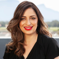 Aneesa Theron - I help companies achieve strategy by aligning employees to values & goals, cultivating a positive culture!
